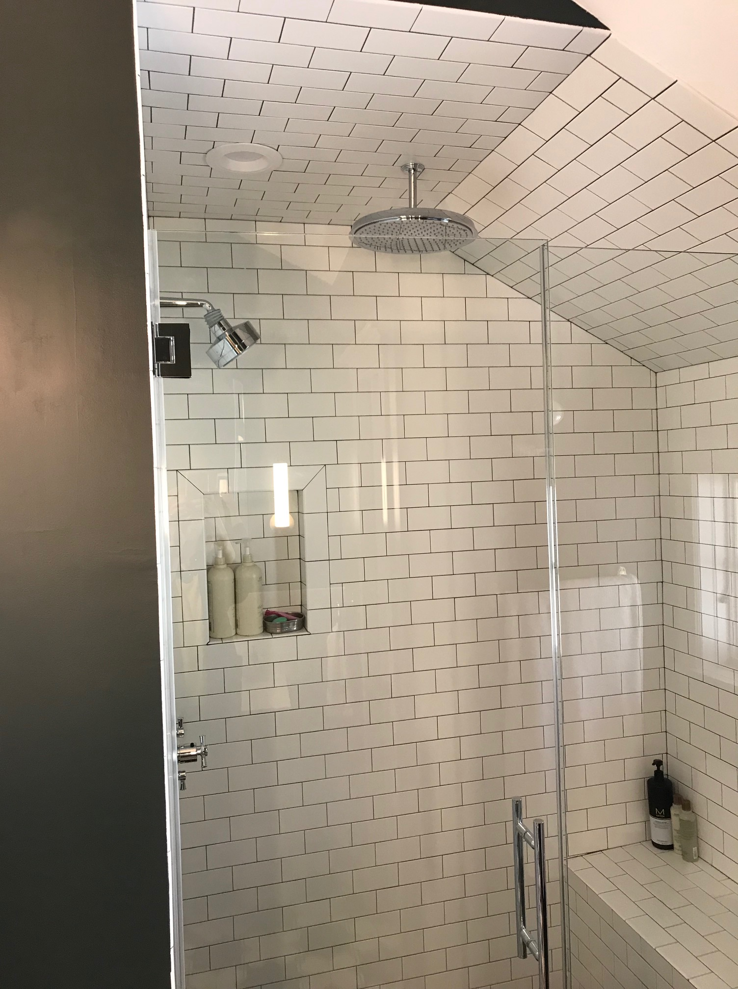 Ordinaire Tag / Shower